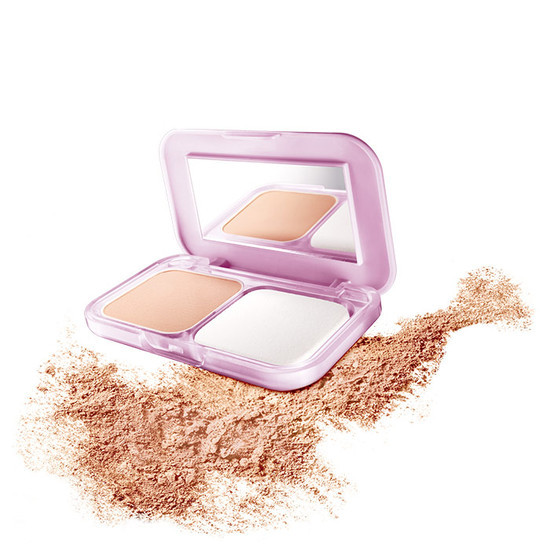 Maybelline Clear Glow All In One Fairness Compact Powder SPF 32/ PA ++ Natural 03 (9 G)