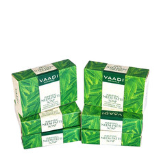 Vaadi Herbals Neem Patti Soap Contains Pure Neem Leaves Super Value Pack Of 6 (5 + 1 Free) (75 g X 6)